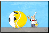 Cartoon: Fußball oder Tennis (small) by Kostas Koufogiorgos tagged karikatur,koufogiorgos,illustration,cartoon,tennis,fussball,ball,anstreichen,wechsel,fan,kerber,wimbledon,sieg,wm,sport,michel